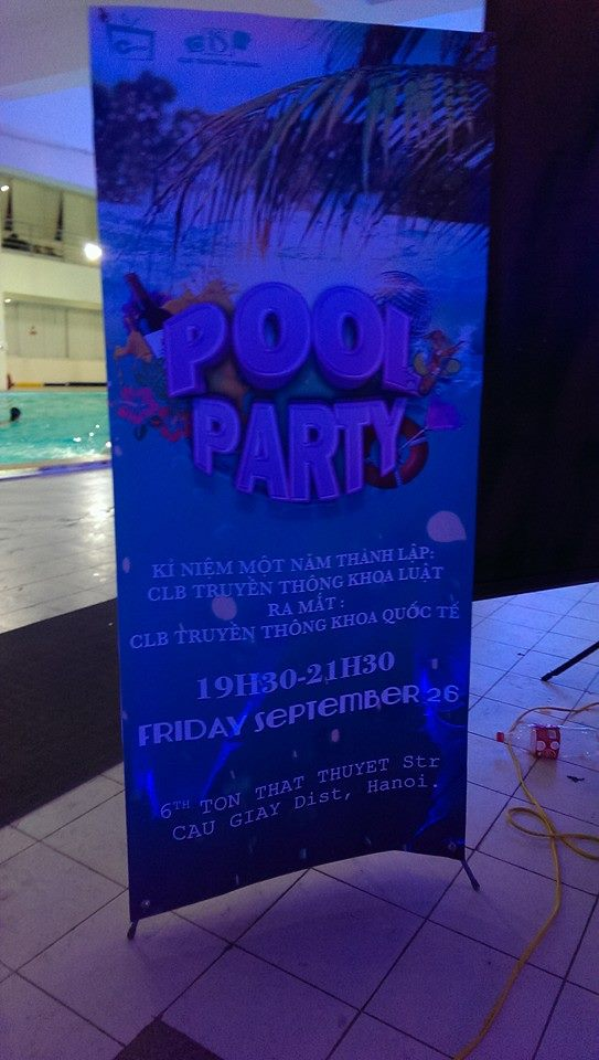 Pool bar party