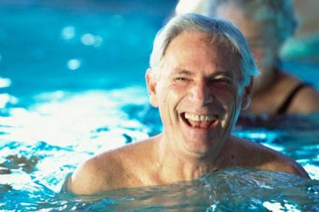 Bơi lội iúp thư giãn căng thẳng