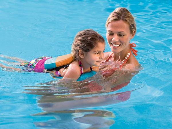 Dạy trẻ bơi lội an toàn