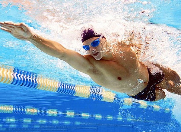 Giảm cân hiệu quả nhờ bơi lội
