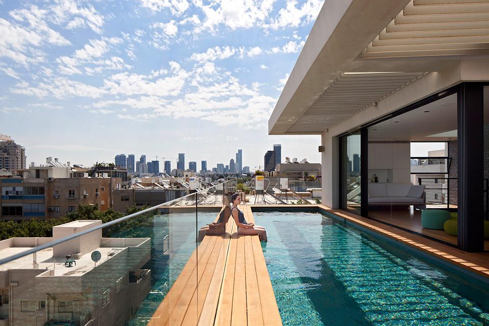 Lưu ý phong thủy khi xây dựng bể bơi trên tầng thượng