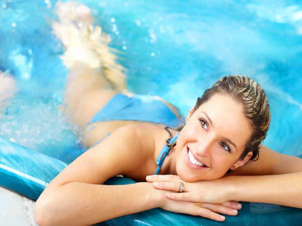 Luyện tập bơi lội